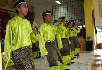 kumpulan nasyid sekolah (Gambar sekadar hiasan)